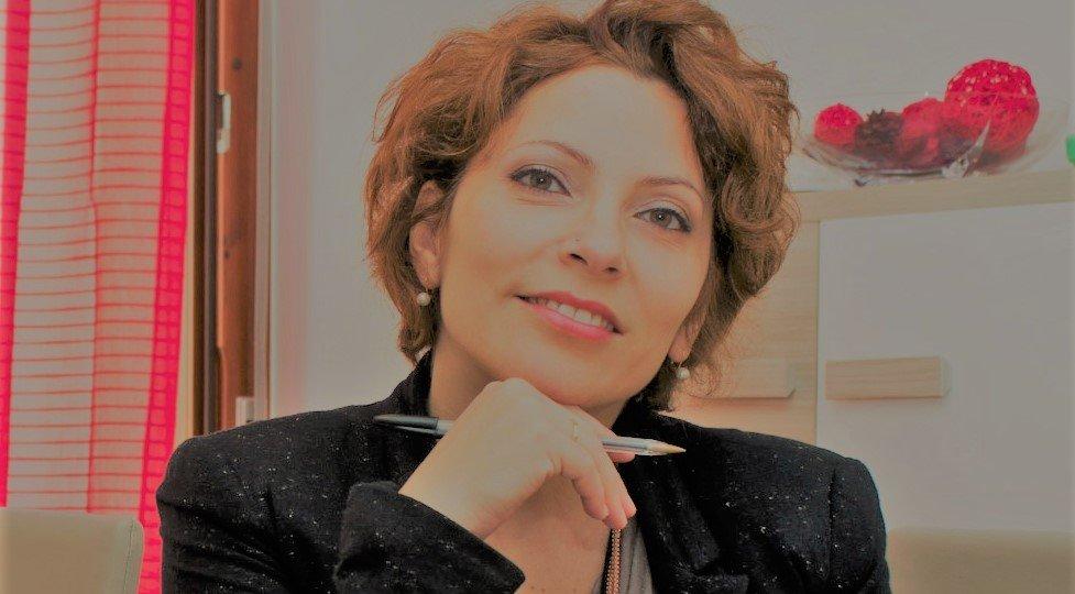 Donatella ghostwriter-041 bis mi presento