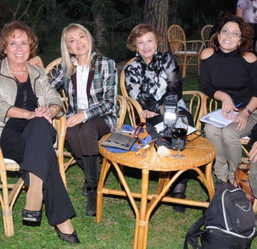annunciatrici Rai - Da sx, Rosanna Vaudetti, Maria Giovanna Elmi, Nicoletta Orsomando.