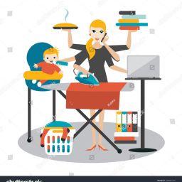 Una mamma multitasking tra bimbi e lavoro