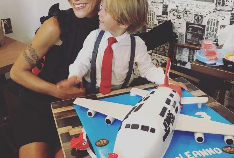 Gilda Pagnotti con suo figlio in un momento di allegria